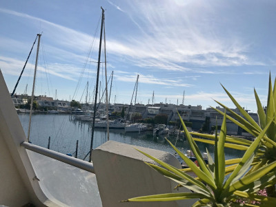 Marina Duplex P4 en angle avec plan d'eau large